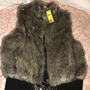 NEW WITH TAGS: Tilly's Fur Vest
